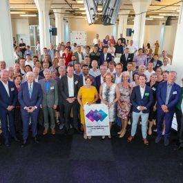 66 Parties Sign Agreement to Improve Labour Market South-Holland