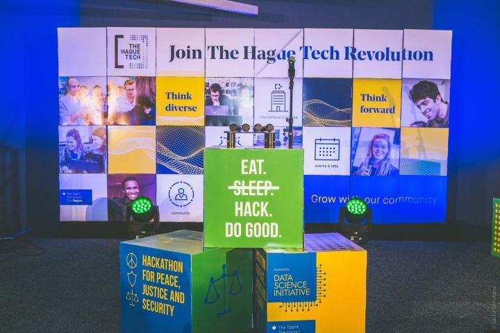 Bootleg Hackers wins 'Hackathon for Good The Hague 2020' with a Solution to Report Environmental Crimes