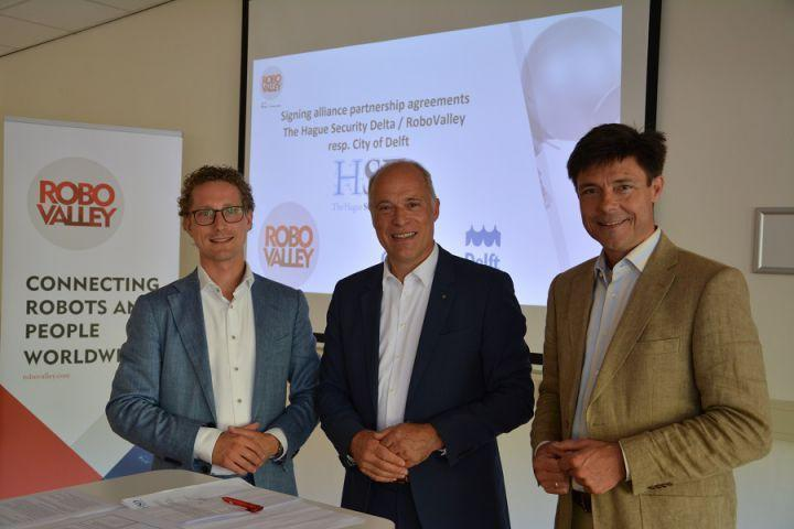 Partnership between RoboValley, the Municipality of Delft and HSD