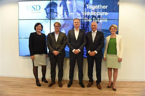 Three new Premium Partners EY, Aon and Statistics Netherlands (CBS) Connect to the HSD Community during the HSD Campus Lunch